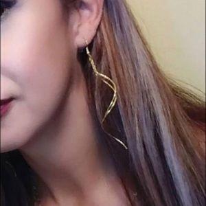 Park Lane Jewelry Whisper earrings